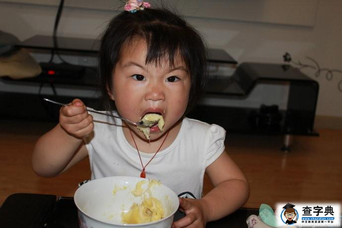 小孩吃榴莲好吗_一岁小孩能吃榴莲吗 小孩吃榴莲的好处